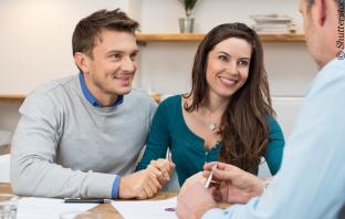 Kundenberatung vor Ort bei Banken oder Sparkassen