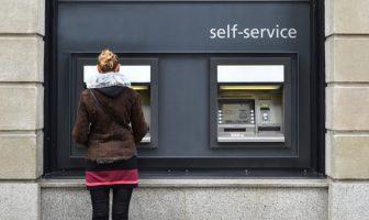 Teures Geldabheben am Automaten