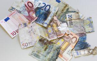 Beschädigte Geldscheine