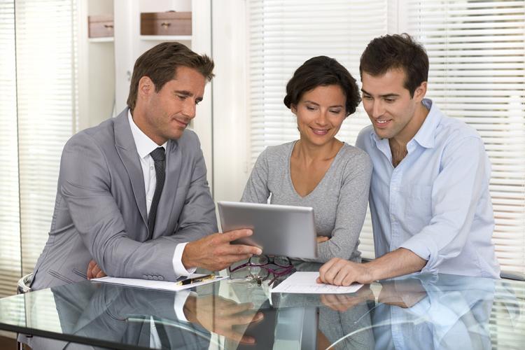 Professionelle Finanzberatung hilft bei Schutz und Mehrung des Vermögens