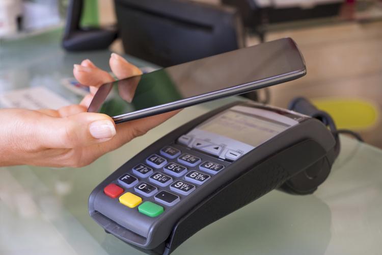 Bargeldlos bezahlen liegt voll im Trend