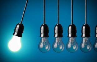 Startups die Technologie und Finanzdienstleistung vereinen, greifen etablierte Banken und Sparkassen an