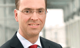 Jens Wöhler ist Vorstand beim Sparkassen Broker