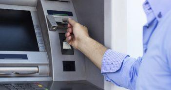 Typische Auszahlung am Geldautomaten