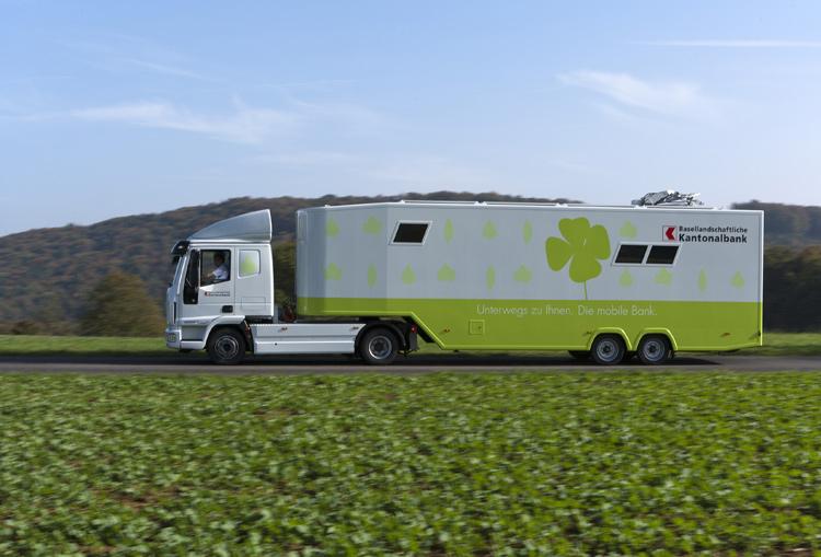 Banking Truck aus der Schweiz