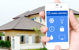 Smart Home Technologie im Einsatz