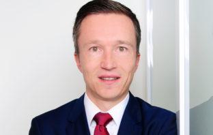 Matthias Hübner, Oliver Wyman