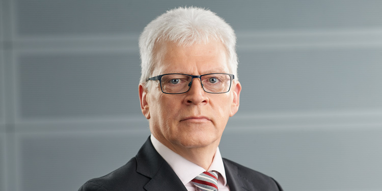 Hanns-Peter Storr – Vorstand Deutsche Postbank