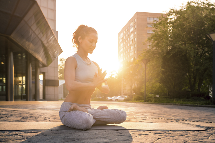 Yoga-Übung für Banker