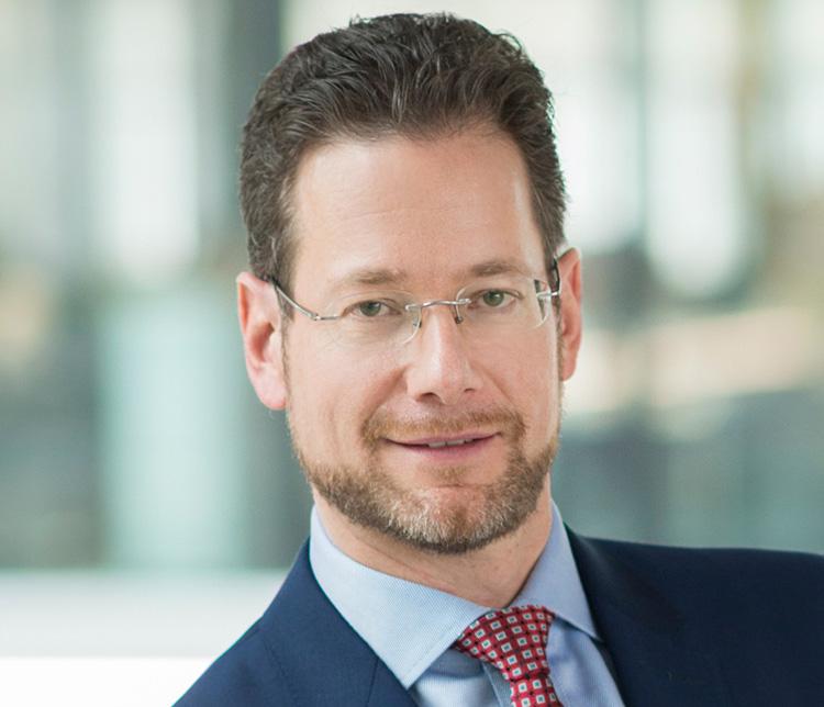Dr. Daniel Diemers - Strategy&