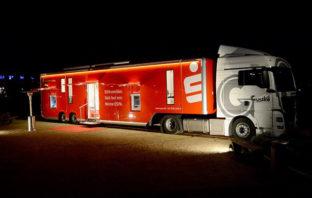 LKW-Truck als fahrbare Zweigstelle