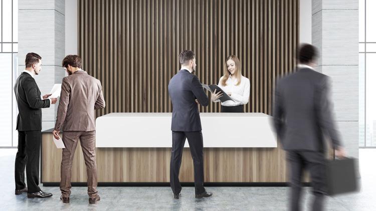 Besucher einer Bank