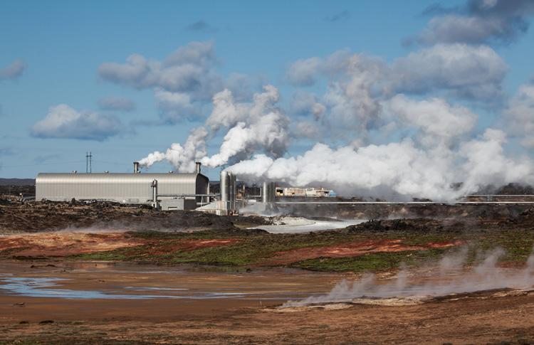 Geothermie-Kraftwerk auf Island zum Bitcoin-Mining