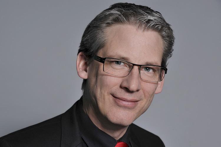 Martin Schimpf - Geschäftsführer der SUMMACOM GmbH & Co. KG.