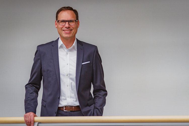 Klaus Röhr, Autor von Operative Exzellenz in Retailbanken