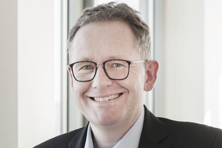 Dr. Christian Kastner ist Geschäftsführer der Star Finanz GmbH