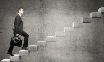 Karriere, Titel und Unternehmenskultur in Banken