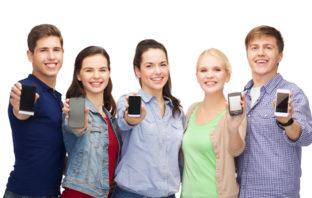 Jugendlich nutzen Social Media vor allem per Smartphone