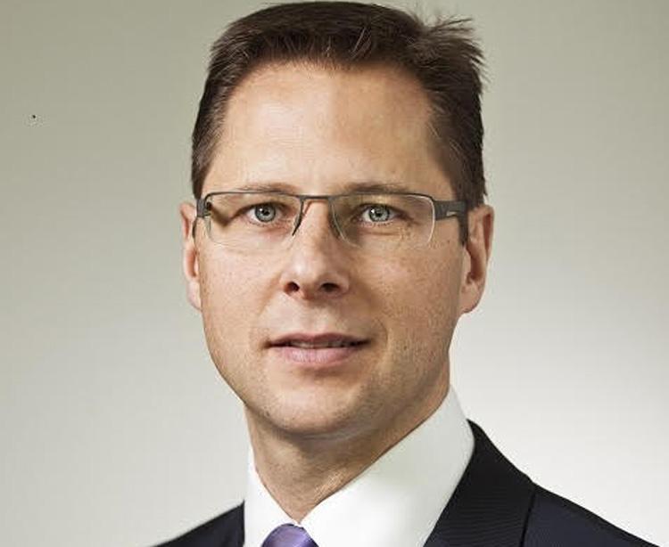 Thomas Hamele - Direktor Digitalisierung & CRM PwC