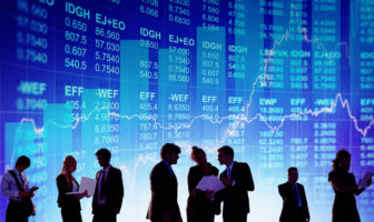 Wettbewerb um das beste Personal zwischen Banken und FinTechs