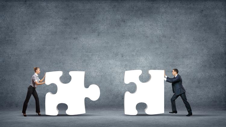 Zusammenarbeit zwischen Banken und externen Partnern