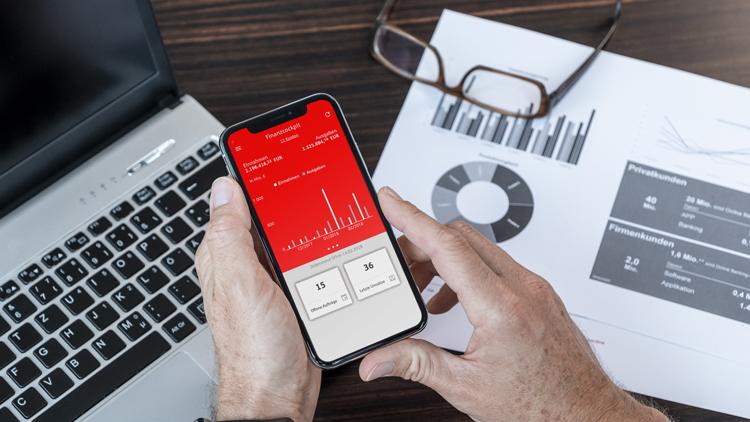 Smartphone-App Finanzcockpit: Mobile Verwaltung der Unternehmensfinanzen