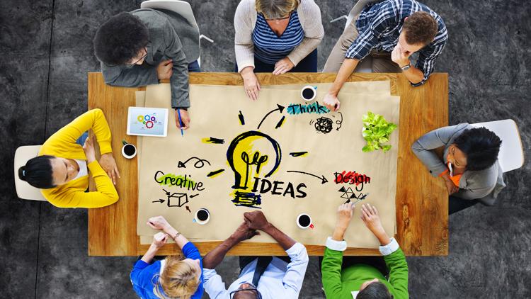 Meeting für das Brainstorming neuer Produktideen einer Bank