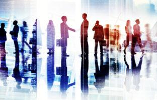 Kommunikation zwischen Bank und Kunde: Formal oder informell?