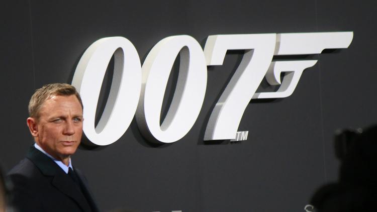 James Bond, Ambidextrie und modernes Management