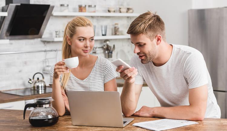 Millennials setzen auf digitale Angebote und Mobile Banking