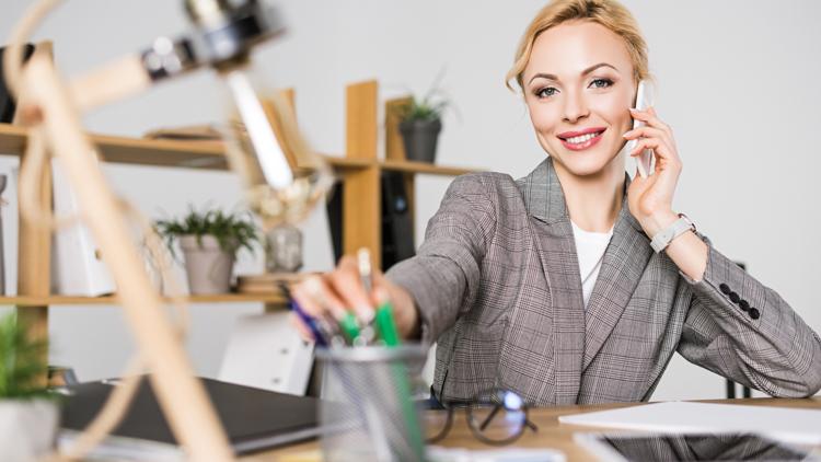 Konzept für das Büro der Zukunft In einer hybriden Arbeitswelt